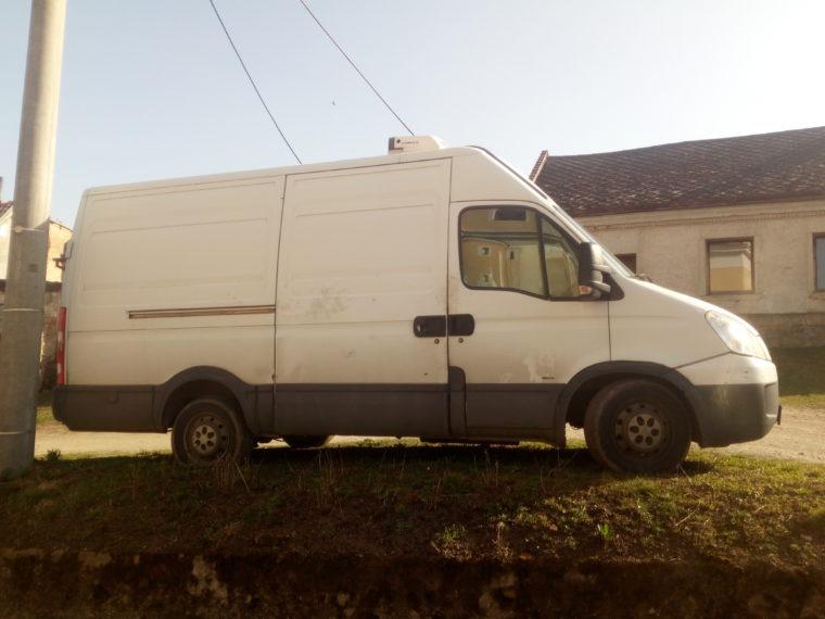 Skříňový nákladní automobil IVECO DAILY 35 S12V, 85 kW – 3000